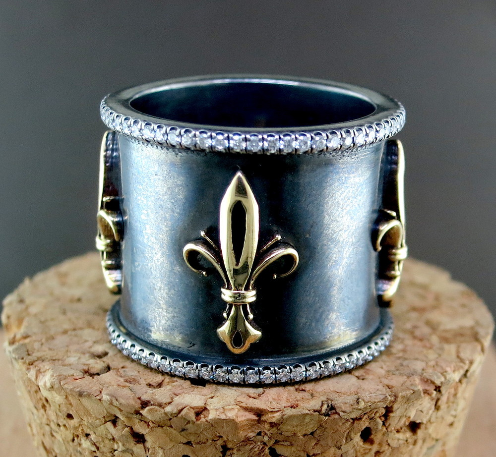 Hand Forged Silver, 18 Karat Yellow Gold, and Diamond Fleur de Lis Ring (MB69)