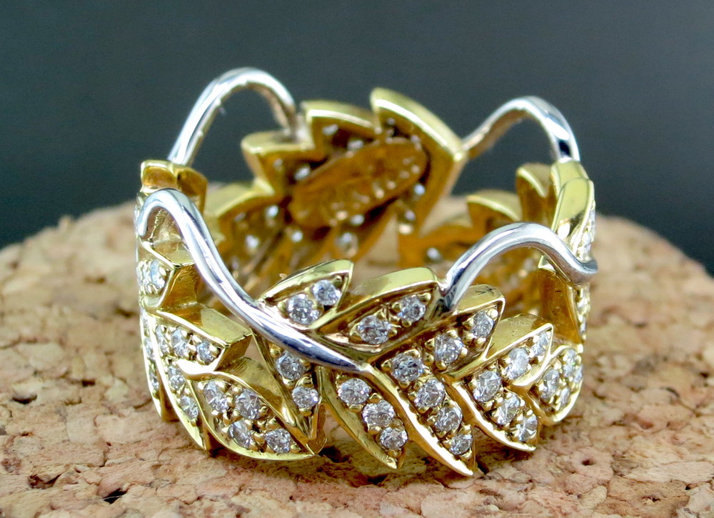 18 Karat Yellow Gold, Platinum, and Diamond Leaf Ring (MB511)