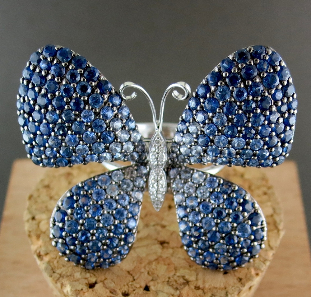 18 Karat White Gold, Sapphire and Diamond Butterfly Ring (BB1258)