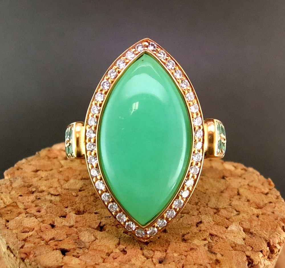 18 Karat Yellow Gold and Chalcedony Ring, accented with Diamonds and Tsavorite (MB1469)