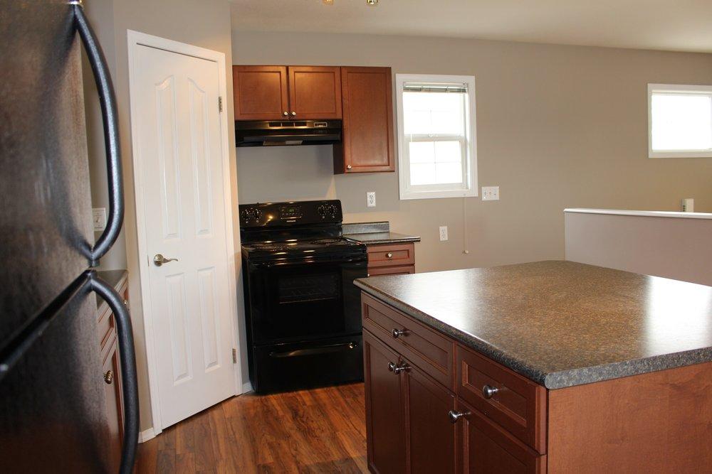 kitchen 3 303 main.JPG