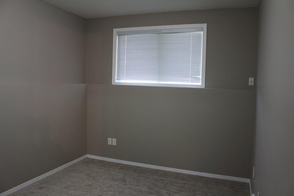 bedroom 3 303 main.JPG