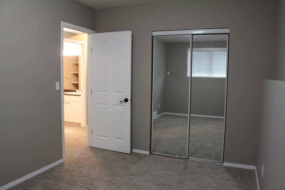 bedroom 4 303 main.JPG