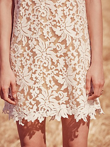 Lucia Mini Dress Details