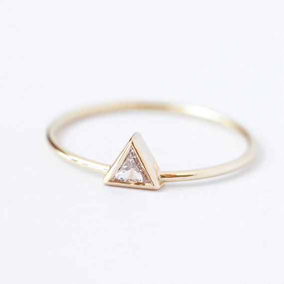 Diamond engagement ring triangle
