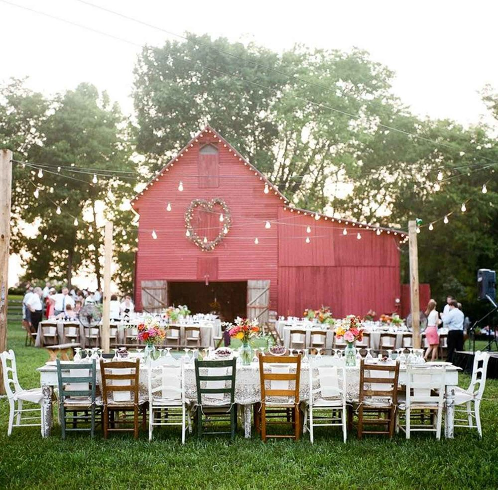 outdoor barn reception_.JPG