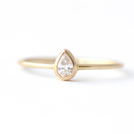 Pear Gold Ring Artemer
