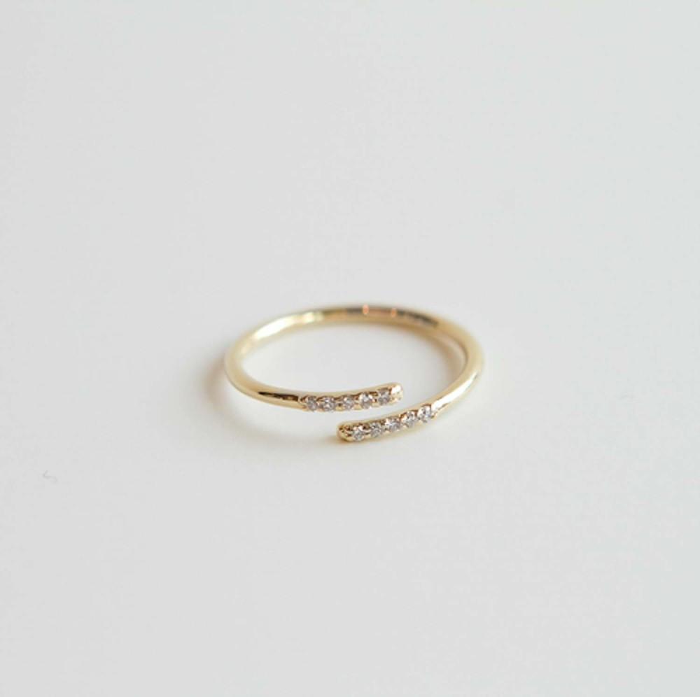 Bar Twist Ring