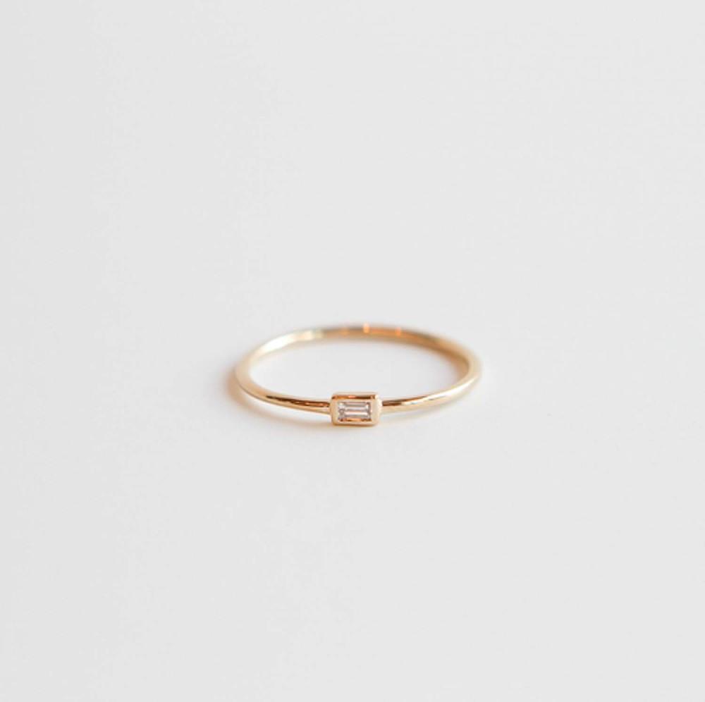 Bezel Set Horizontal Ring