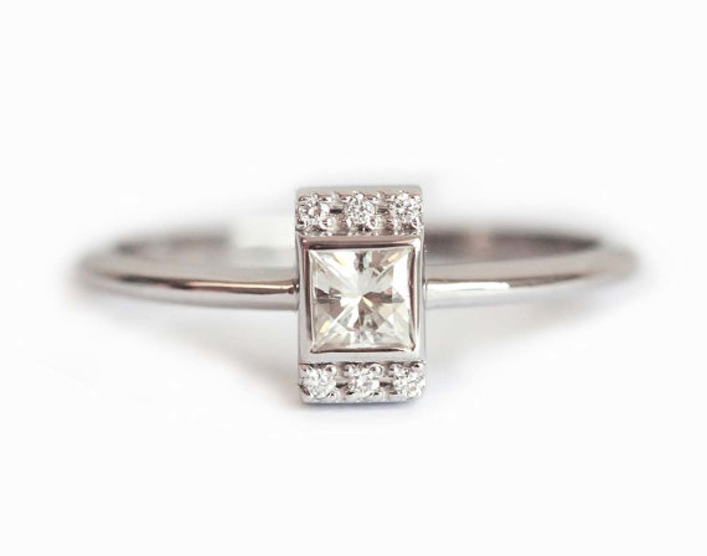 26 Pretty Minimalist Engagement Rings The Bohemian Wedding