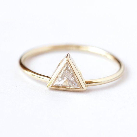 Trillion Cut Artemer Ring