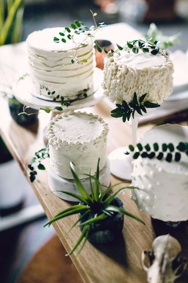 White Single Tier Wedding Cake