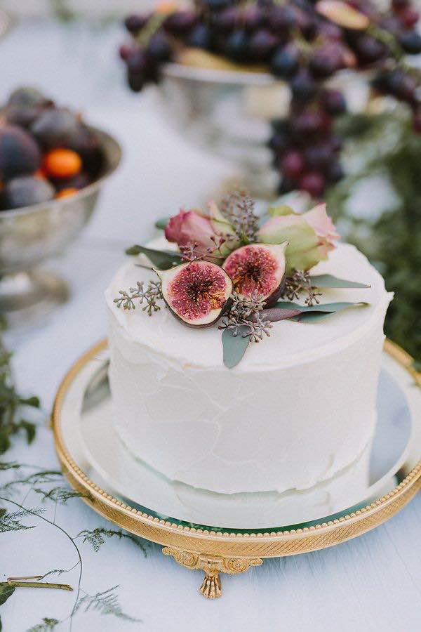 Fig Single Tier Cake