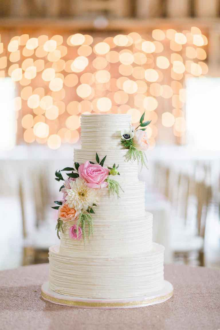 Wedding Cakes Dont Have To Traditional Flowers Why Not Try Adding Some Bold And Bright Hues As Cake Decor