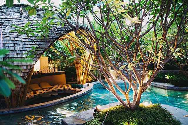 Romantic Pool