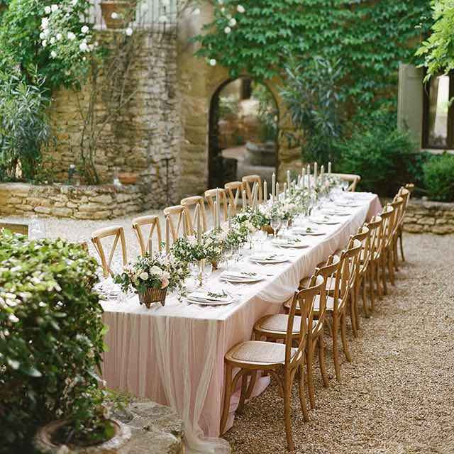 Spring Outdoor Table Setting & 18 Spring Floral Table Setting Styles u2014 the bohemian wedding