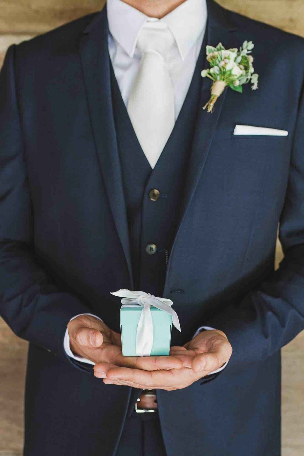 Groom and Little Box