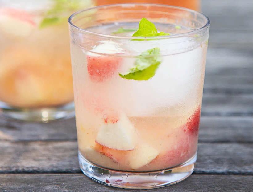 Rose Sangria with Peaches