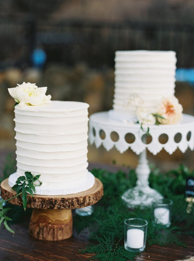 Single Tier White Wedding Cake