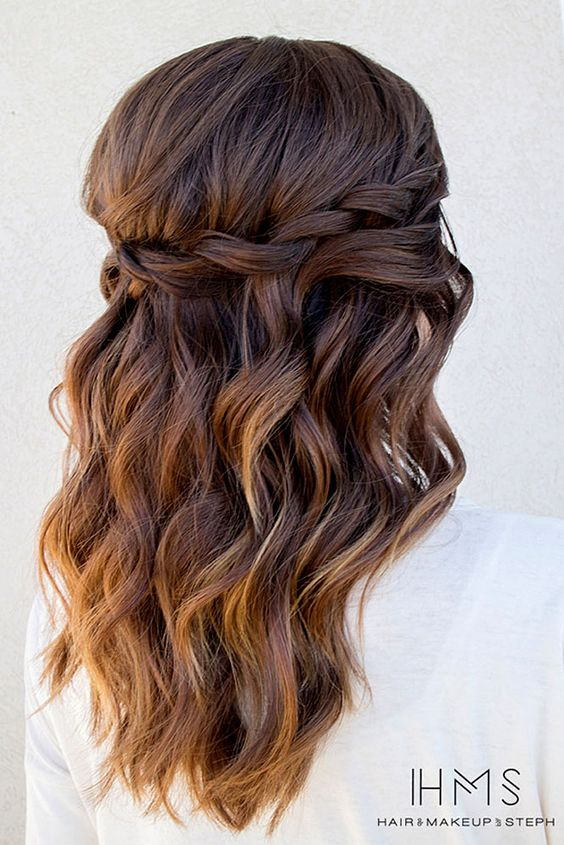 Half-up Half-down Hairstyle with Messy Waves
