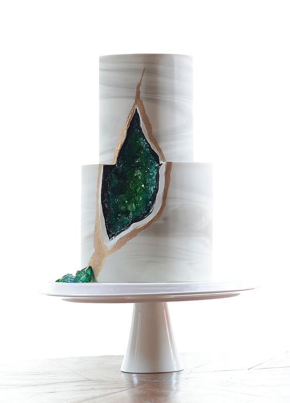 Marble Style Modern Wedding Cake with Green Geode