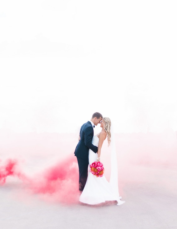 Ombre Pink Smoke Bomb