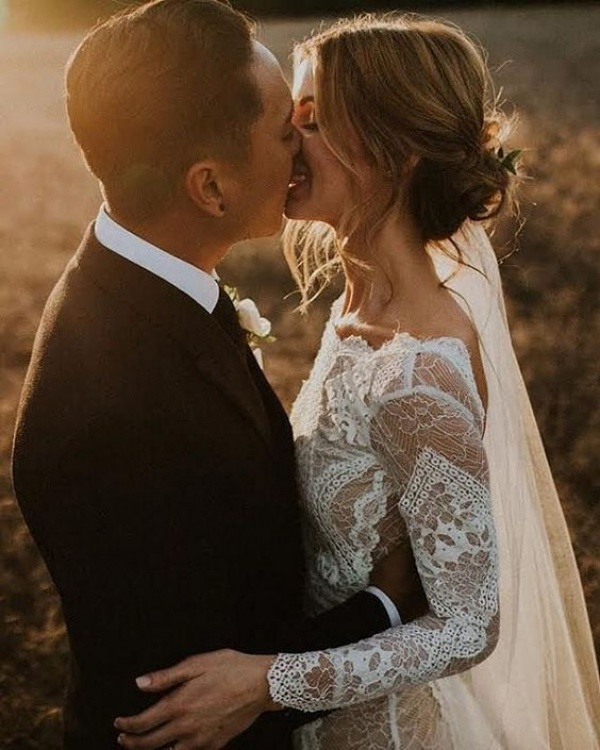 Boho Couple Kiss