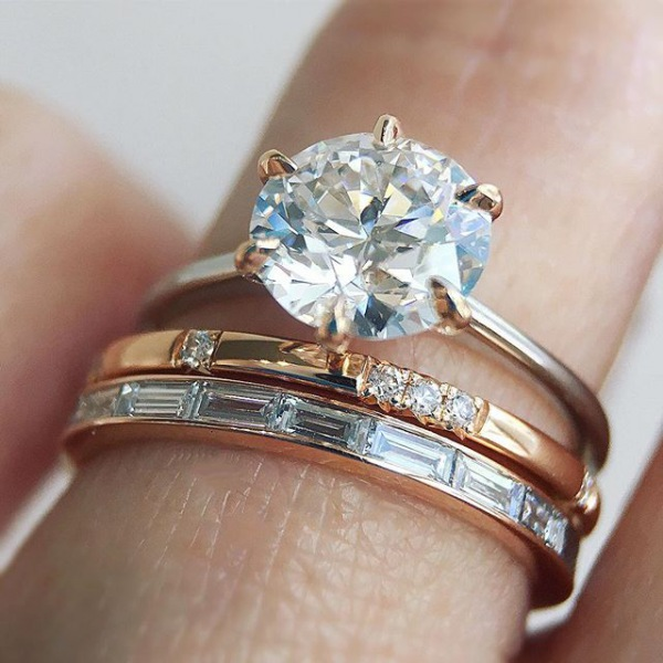 Round Diamond Engagement Ring Multi-tone Bands