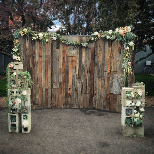 Rustic Wooden Pallet Wedding Backdrop