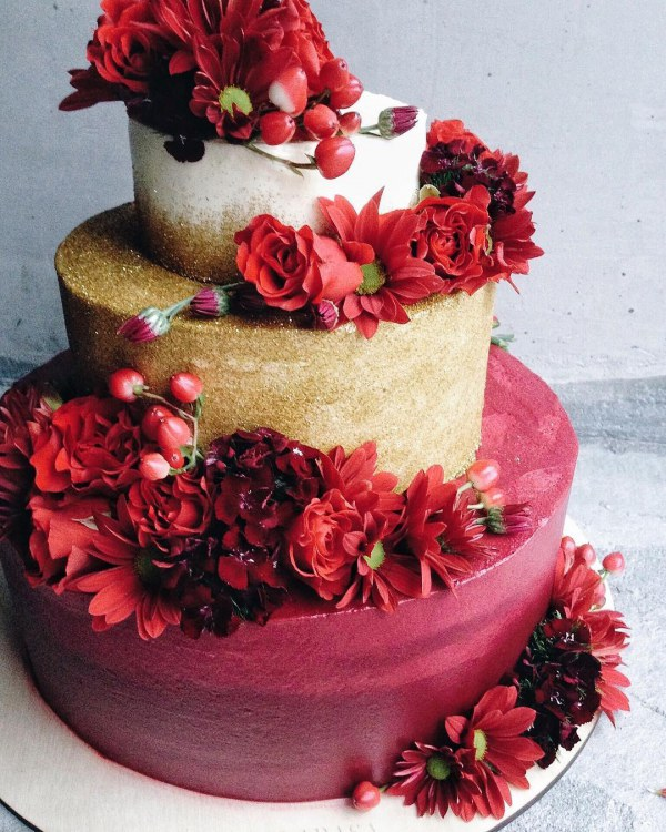Top 10 Holiday Wedding Cakes The Bohemian
