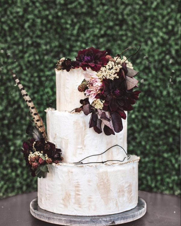 White and Plum Wedding Cake