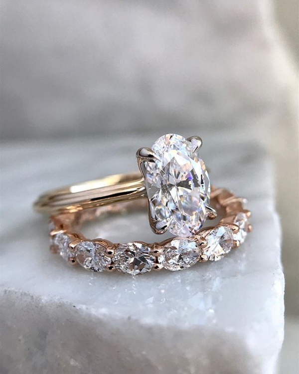 Engagement Ring Solitaire with Band