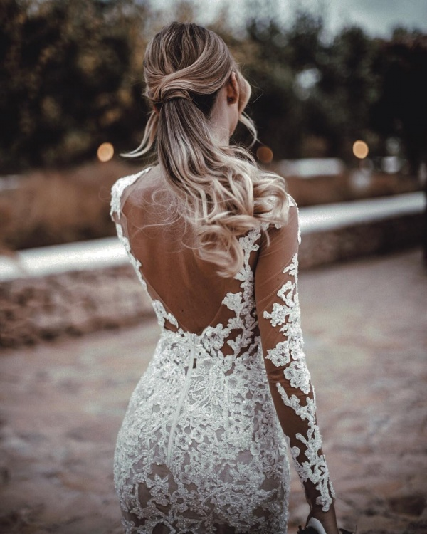 Wedding Dress Lace Details Back