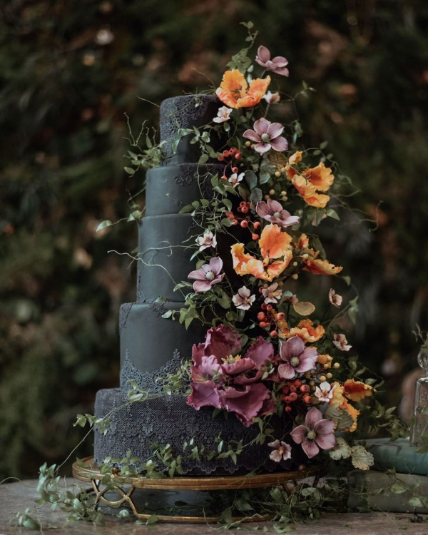 Gothic Inspired Wedding Cake with Flowers