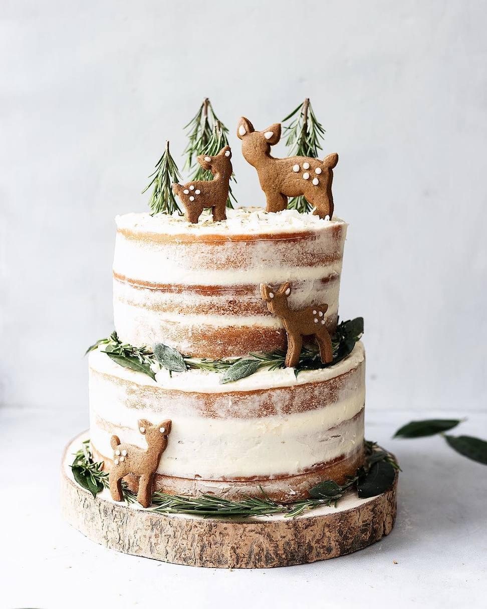 Winter Wedding Cake with Cookie Deer