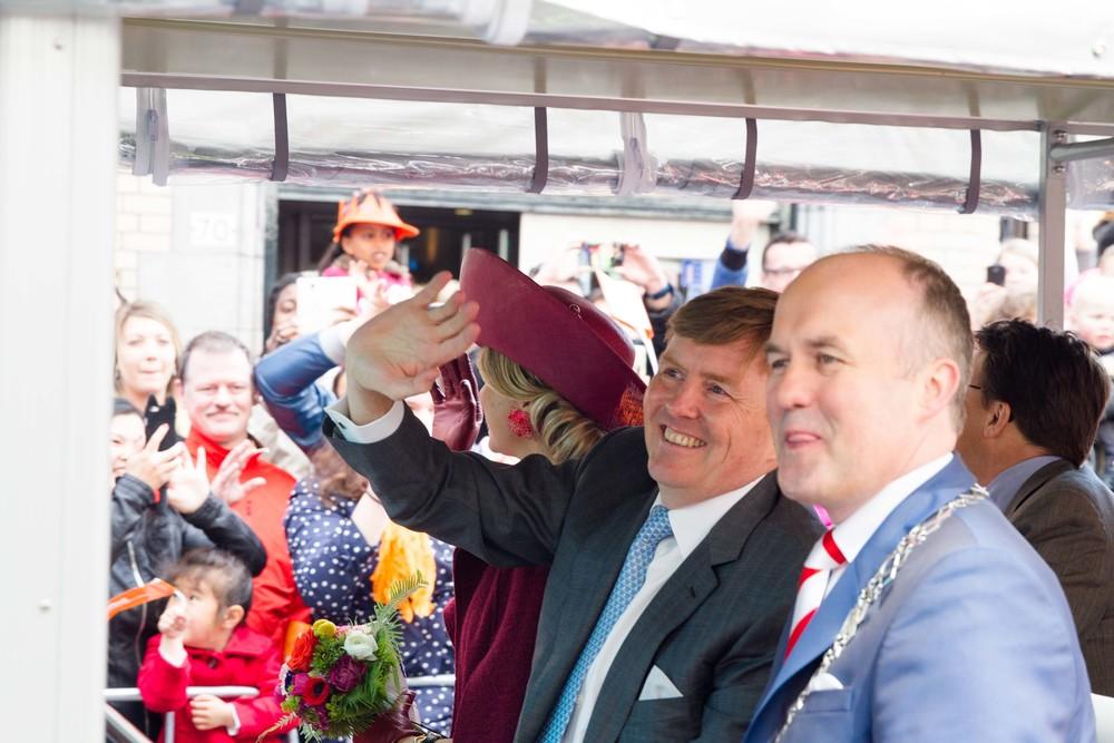 Happy Birthday, Willem-Alexendar - I'm happy we got one, semi-decent photo of you!