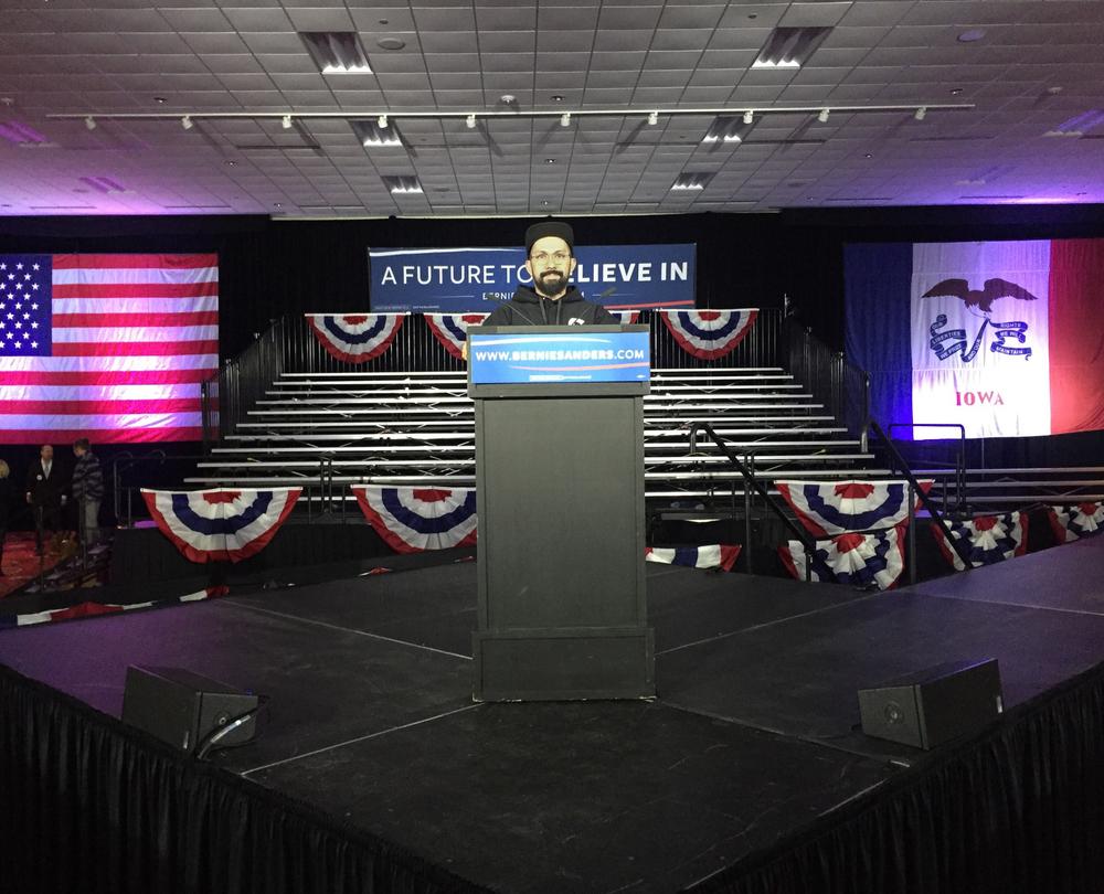 Bernie Sanders HQ - 2016 Iowa Caucus