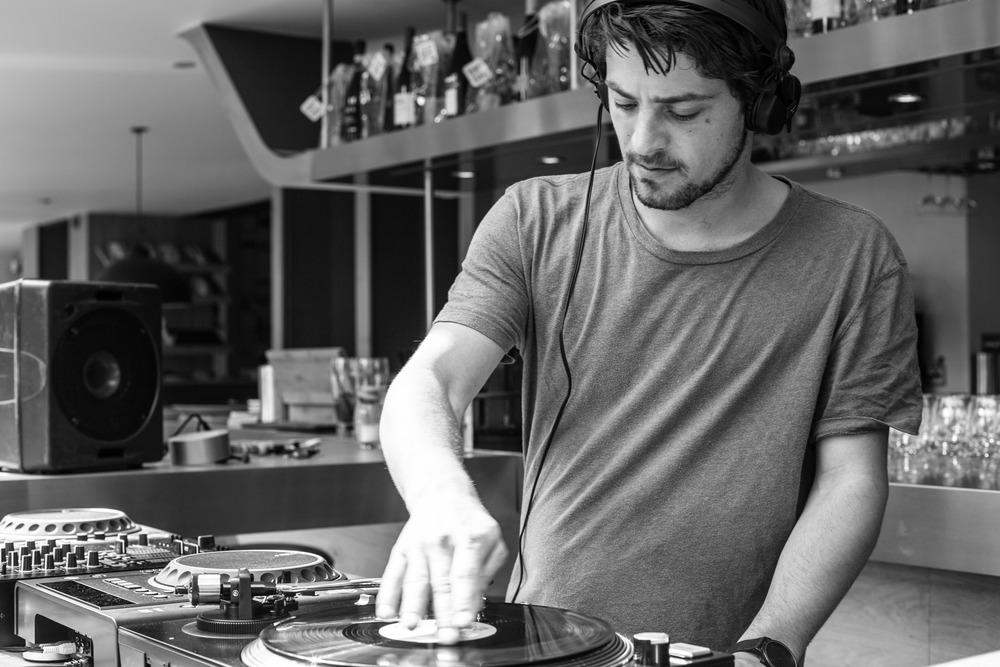 DJ Rutters | BIT Grill & Café