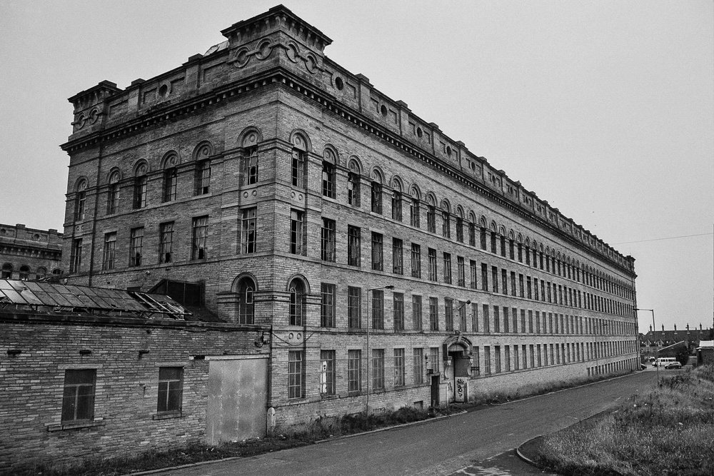 Lister Mills - Black and White