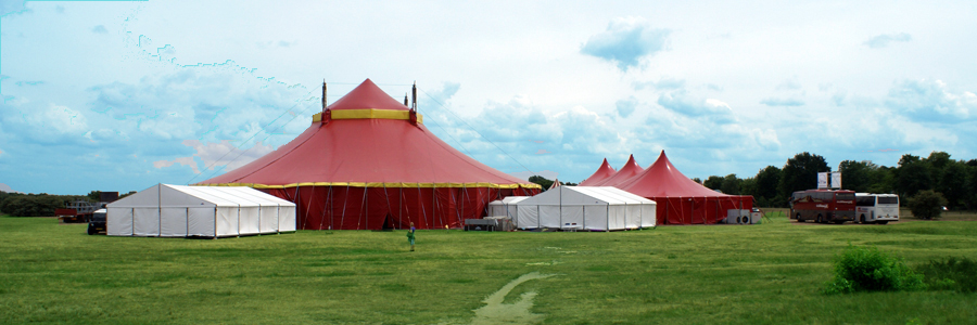 A big top tent of 30m x 30m was used for the main part of the show. The satellite marquees, used for each of the senses, were each 10m x 10m.  For more information about The Kingdom of the Senses contact:  Jarno@EventTutor.com  +44 (0)7490479723