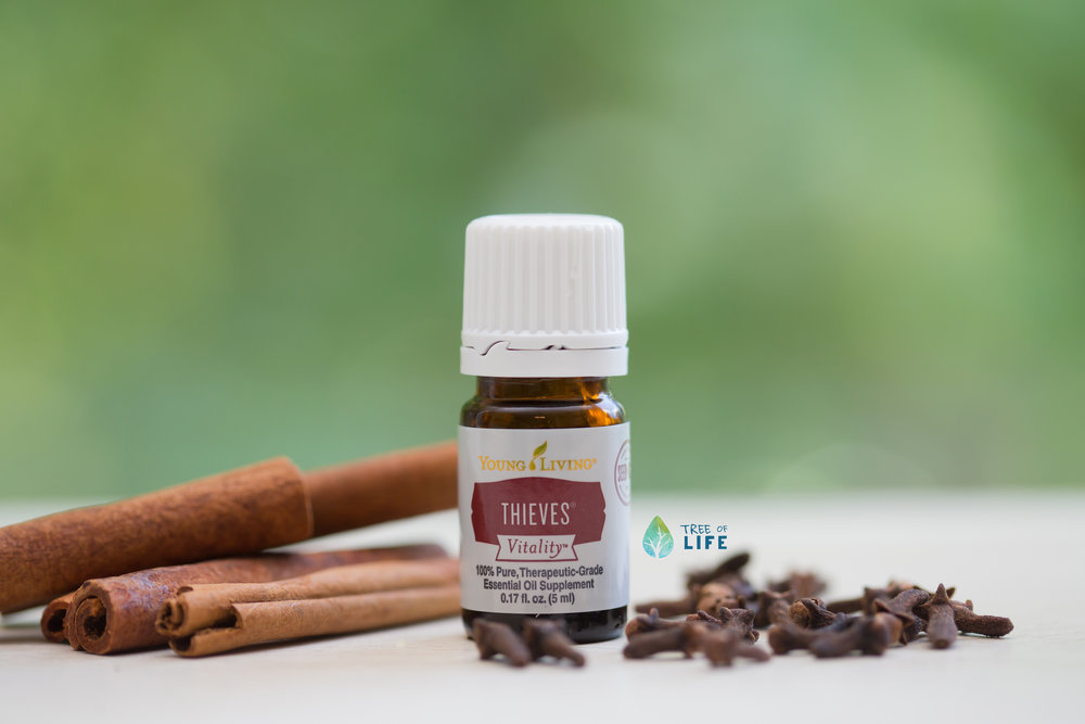 Thieves contains Clove (an immune stimulant), Lemon (to promote health), Cinnamon Bark (a powerful purifier), Eucalyptus Radiata (for respiratory support) and Rosemary (an antioxidant).