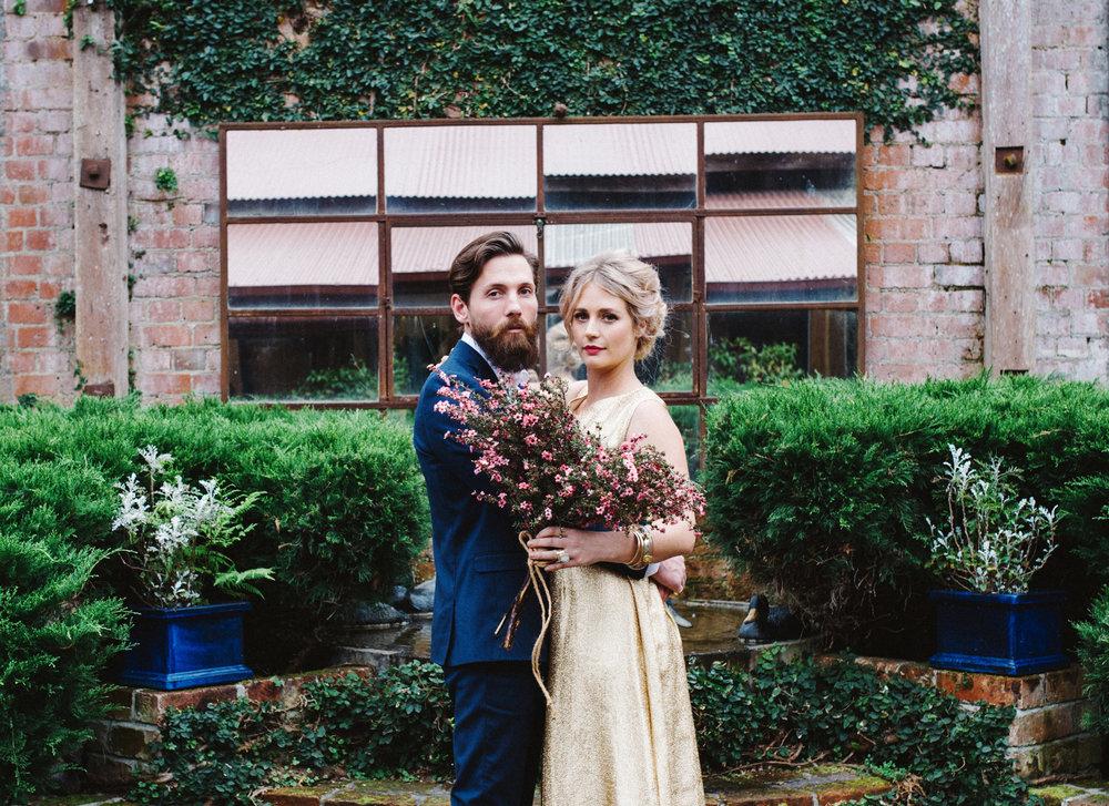 Wedding-romantic-bride-groom-fotographiebyflorencecharvin-napier