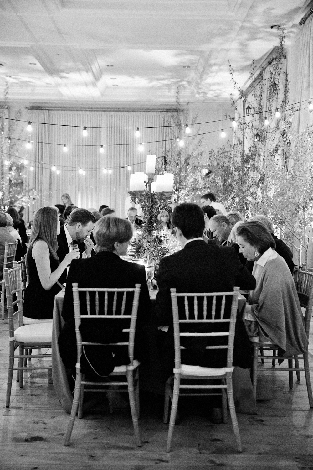 Black and white photo of rehearsal dinner