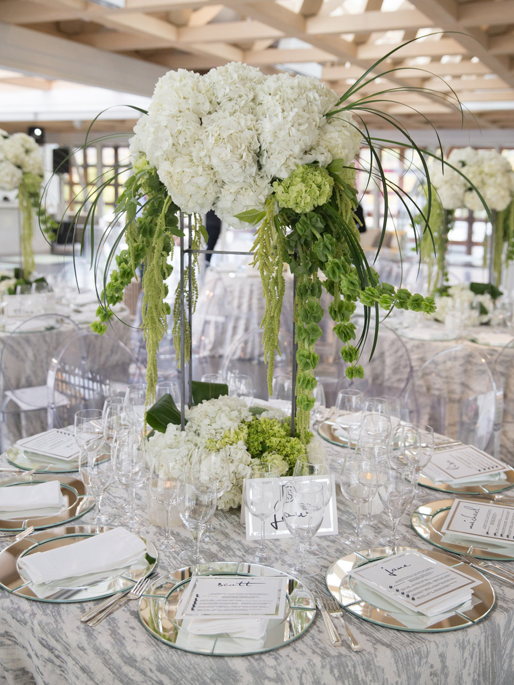 1345_Green and White Table Setting.jpg