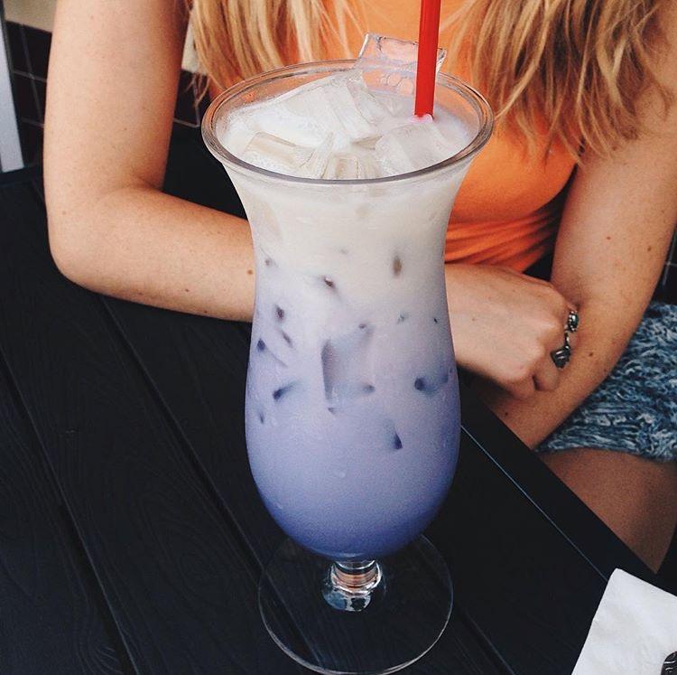 Taro Iced Tea | @diningwithdevyn