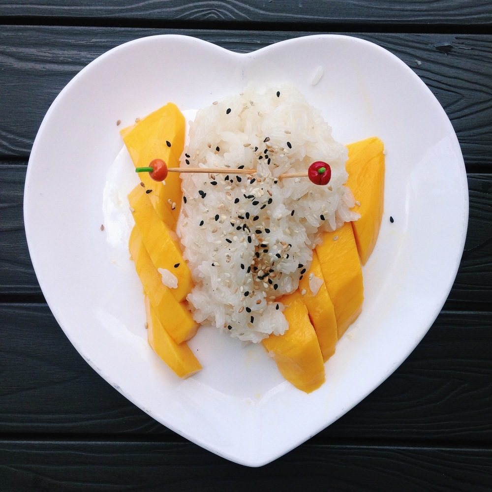 Mango with Sticky Rice | @diningwithdevyn