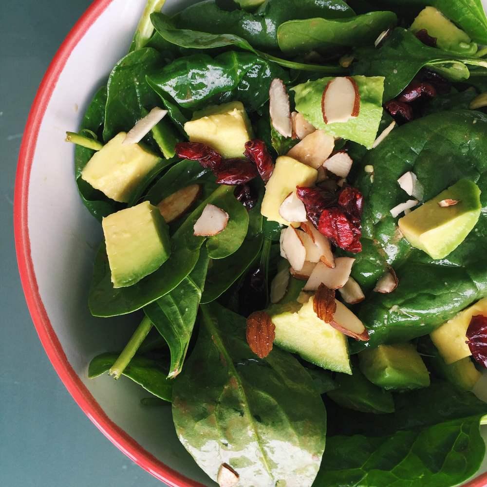 Fall Salad | @diningwithdevyn