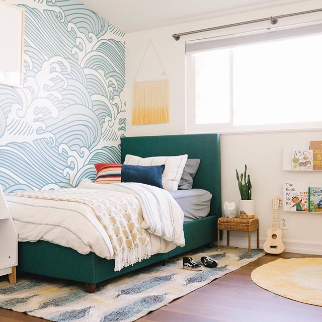 Finns California coastal big boy room with all the details is finally up on my blog now! ☀️🌊🌴 ⠀⠀⠀⠀⠀⠀⠀⠀⠀ I know I've given you lots of previews along the way but if you want to see the final project and know all the details, use the link in my bio. ⠀⠀⠀⠀⠀⠀⠀⠀⠀ I'm obsessed with his space and I often find him taking a break alone in there.  It makes me so happy that he loves his big boy room as much as I do. ⠀⠀⠀⠀⠀⠀⠀⠀⠀ Now tell me, should I steal that wall art that he has and put it in our master?? I think about doing it daily. 🤷🏼‍♀️ #badmom #finnsbigboyroom  #thewellscasa PC: @alisonbernier