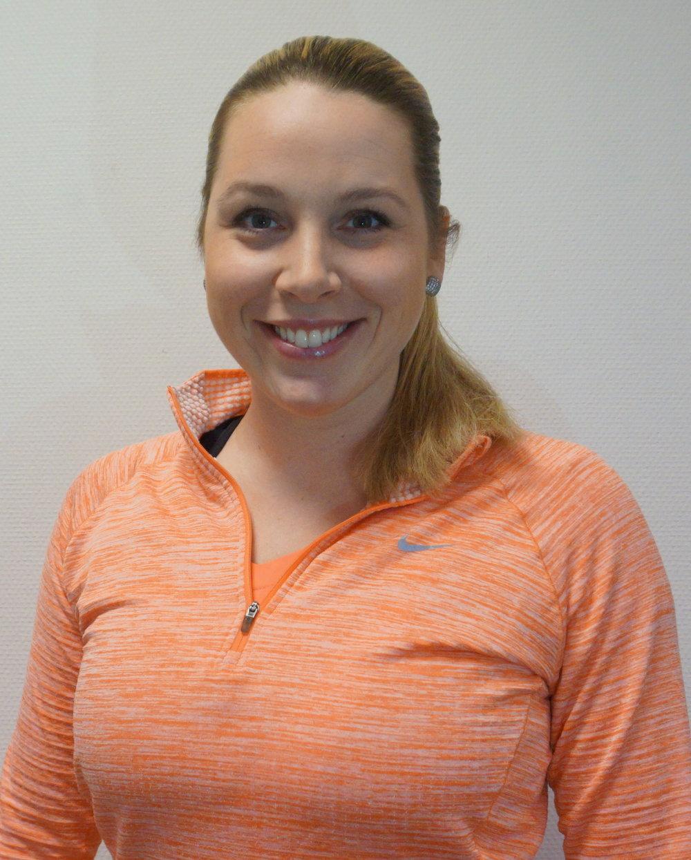 CelineWarpe-Kinn - Celine jobber i MAMMA-konseptet vårt med fysioterapi og trening for gravide, mødre og barn i svangerskap og barseltid. Celine har tatt alle fysioterapiforbundet sine kurs om bekkenleddssmerter og bekkenbunnsdysfunksjon og kan derfor undersøke og hjelpe deg som har plager i bekkenet eller underlivet.mob. 92212861 mail: celine@frim.no