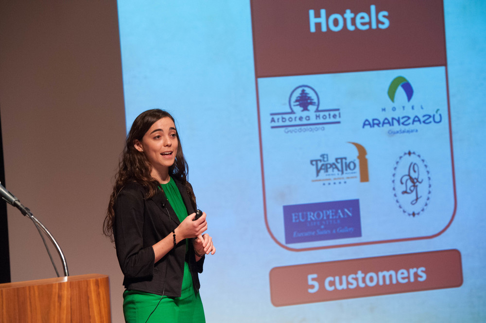Macarena of Prospera Pitches at the 2014 Investor Showcase